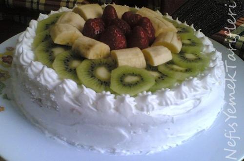 Meyveli Yaş Pasta Tarifi, pasta tarifleri