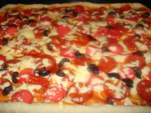 Pizza Tarifi (Ev Yapımı)