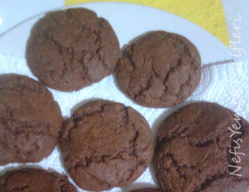 Pekmezli Çikolatalı Çatlak Kurabiye