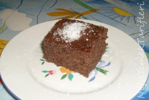 Mikrodalga Fırında Pratik Islak Kek (7 dk.da) Tarifi