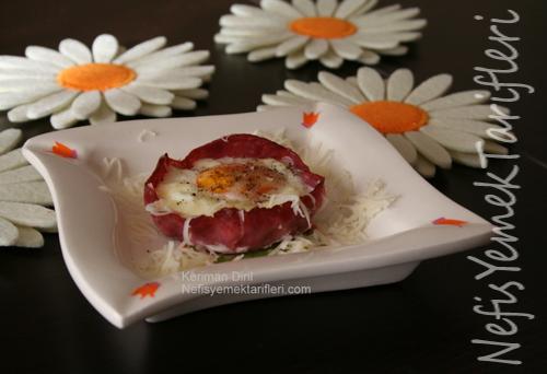 Fırında Jambonlu Yumurta Tarifi