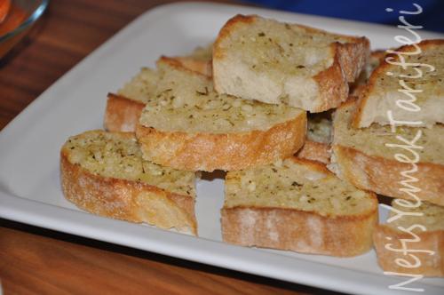 Sarımsaklı Ekmek Tarifi
