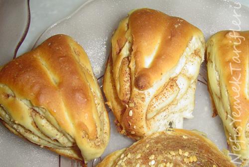 Tarçınlı ve Cevizli Çörekler Tarifi
