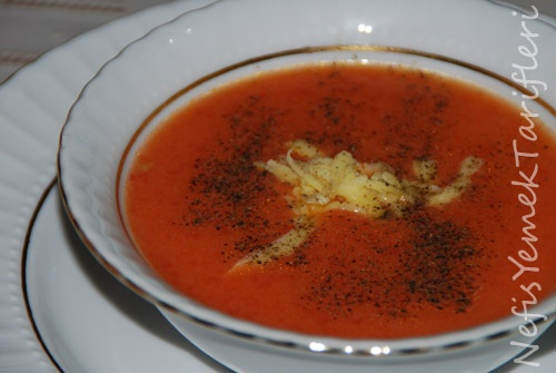 ... Ramazan Özel > Çorba Önerileri > Sütlü Domates Çorbası Tarifi