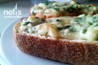 Peynirli Kızarmış Ekmek Tarifi