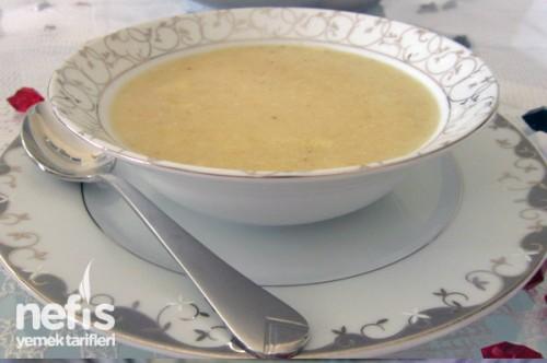 Bebekler için mısır unlu kaşarlı çorba tarifi
