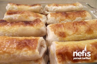 Patatesli-Tavuklu Milföy Böreği Tarifi