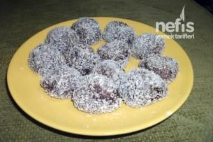 Çikolata Soslu Hindistan Cevizli Toplar Tarifi