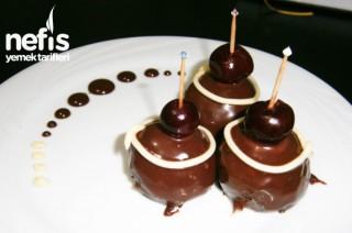 Vişneli Çikolata Topları Tarifi