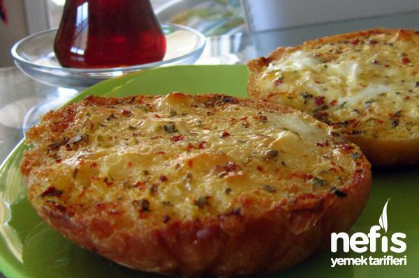 Yumurtalı Ekmek (Hamburger ekmeği ile) Tarifi