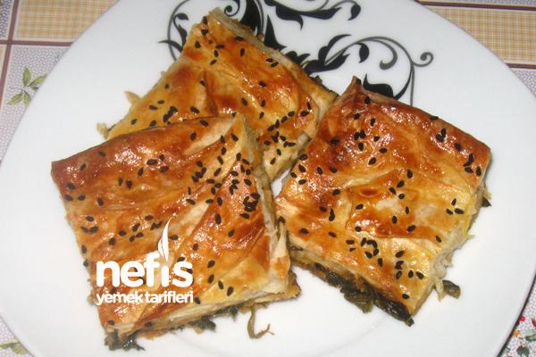 Ispanaklı Tepsi Böreği