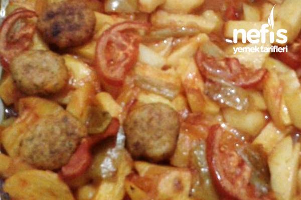 Fırında Tavuk Köfteli Patates Yemeği Tarifi