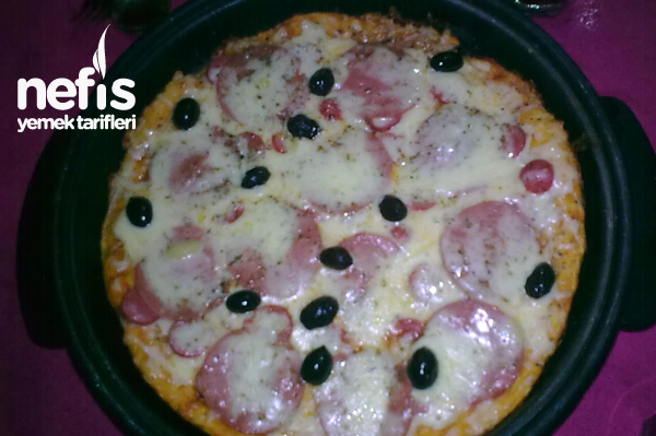 Ev Pizzası Tarifi
