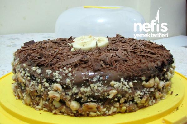 Çikolatalı Muzlu Yaş Pasta1
