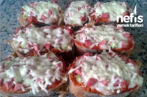 Kahvaltılık Pizzalar Tarifi