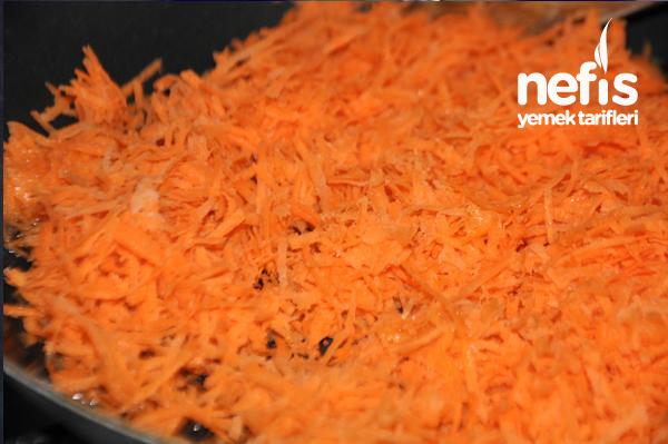 Üç Renkli Sebzeli Börek Tarifi 1