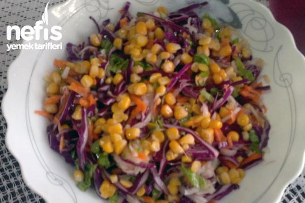 Karışık Mısırlı Salata Tarifi