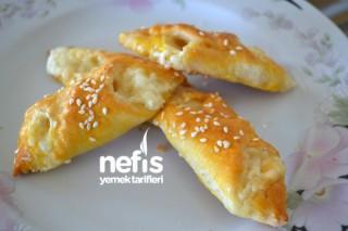 Peynirli Mini Börekler Tarifi