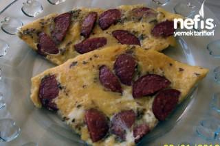 Sucuklu Yumurtalı Omlet Tarifi
