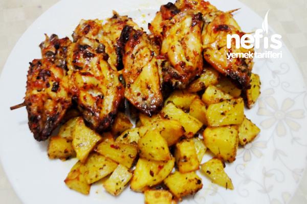 Fırında Patates ve Tavuk Kanat Tarifi