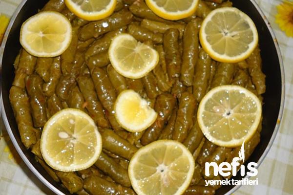 Limon Dilimli Yaprak Sarması Tarifi