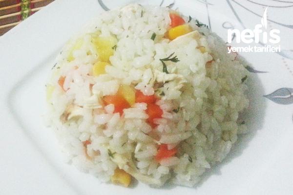 Tavuklu Garnitürlü Pirinç Pilavı Tarifi