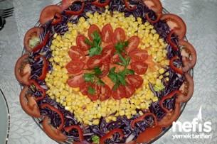 Mısırlı Yeşil Salata