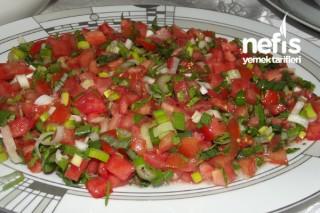 Sirkeli Domates Salatası Tarifi