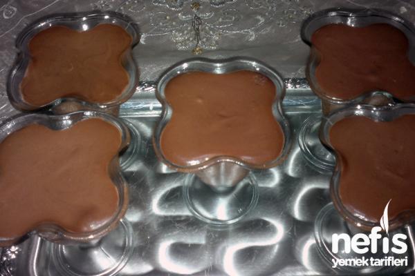 Çikolatalı Mousse Tarifi (Köpük Çikolata)