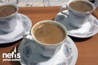 Sütlü-Tarçınlı Türk Kahvesi Tarifi