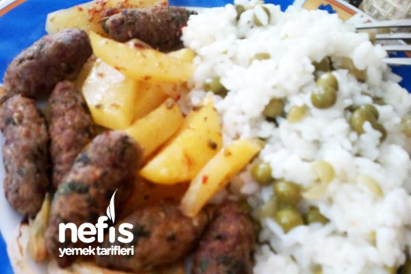 Fırında Baharatlı Köfte Patates Tarifi