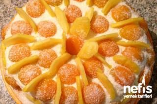 Kayısı ve Ananaslı Yaş Pasta Tarifi