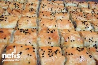 Kıymalı Patatesli Dilim Böreği Tarifi