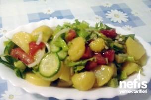 Patatesli Mevsim salatası Tarifi