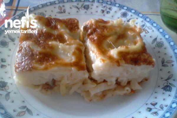 Peynirli Fırında Makarna Tarifi