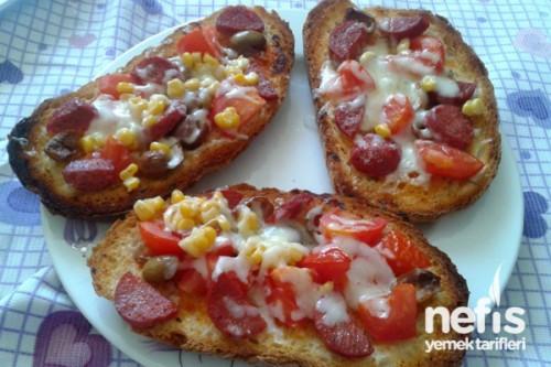 bayat ekmekli pizza 1