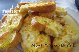 Fırında Kaşarlı Yumurtalı Ekmekler 1