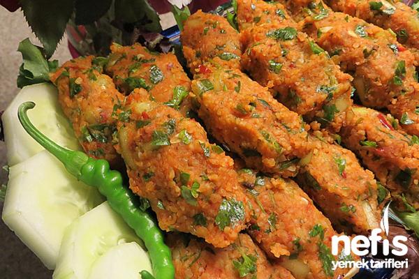 Kırmızı Mercimek Köftesi (Salatalıklı) Tarifi