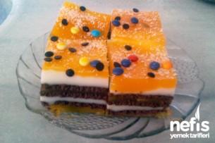 Oraletli Bisküvili Pasta Tarifi