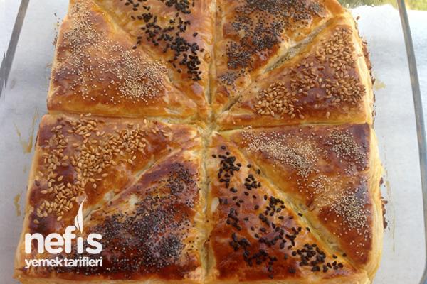 Peynirli Milföy Böreği Tarifi