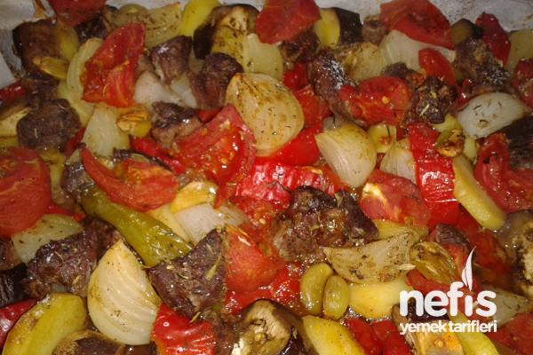Etli Sebzeli Tava Tarifi - Nefis Yemek Tarifleri