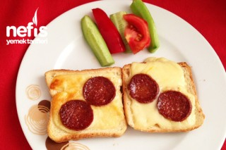 Kahvaltılık Sucuklu Ekmek Tarifi