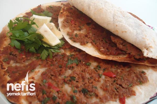 Lavaşlı Lahmacun (tortilla ekmeği ile) Tarifi
