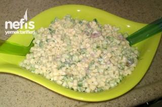 Makarna Salatasının Yapımı Tarifi