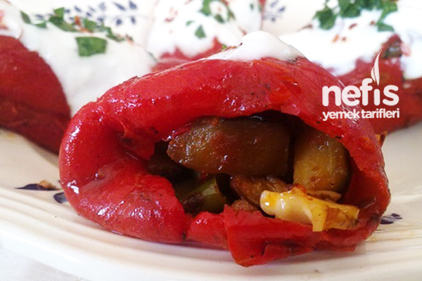 Patlıcanlı Kırmızı Biber Dolması 1