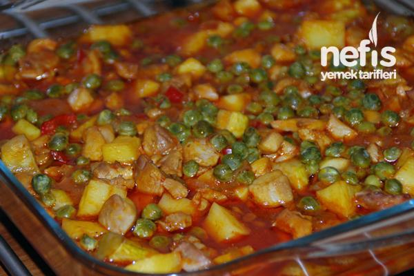 Fırında Sebzeli Tavuk Yemeği 1