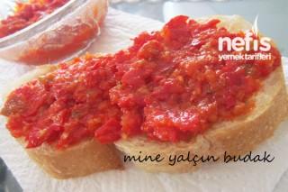 Kırmızı Biber Sosu Tarifi