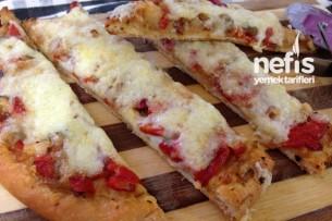 Közlenmiş Patlıcanlı Pizza Tarifi