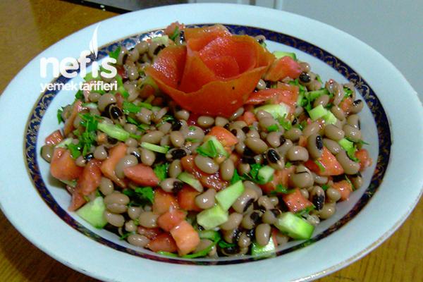 Kuru Börülce Salatasının Yapımı Tarifi