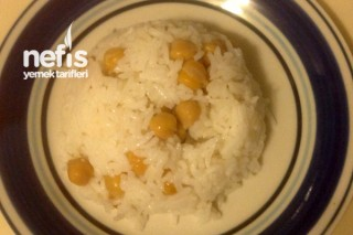 Zeytinyağlı Nohutlu Pirinç Pilavı Tarifi
